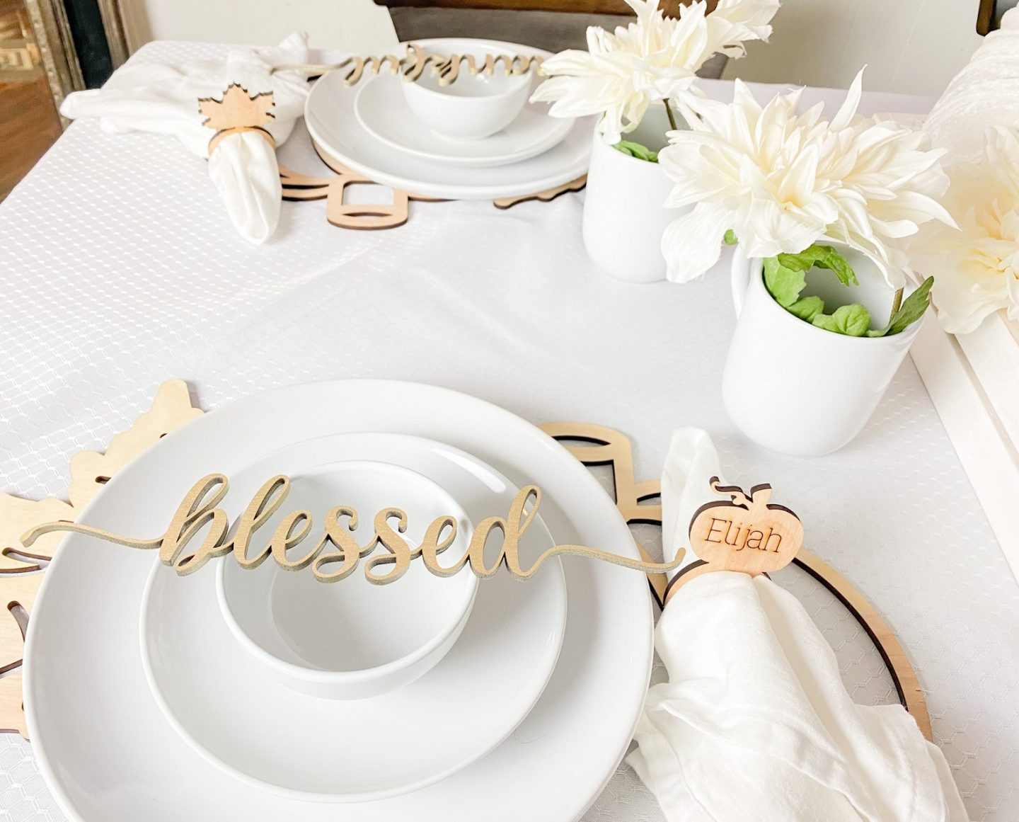 Blessed Thanksgiving table decor