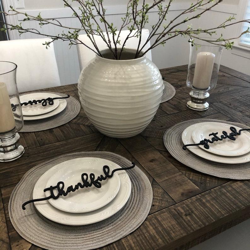 Minimalist FarmhouseThanksgiving table decor