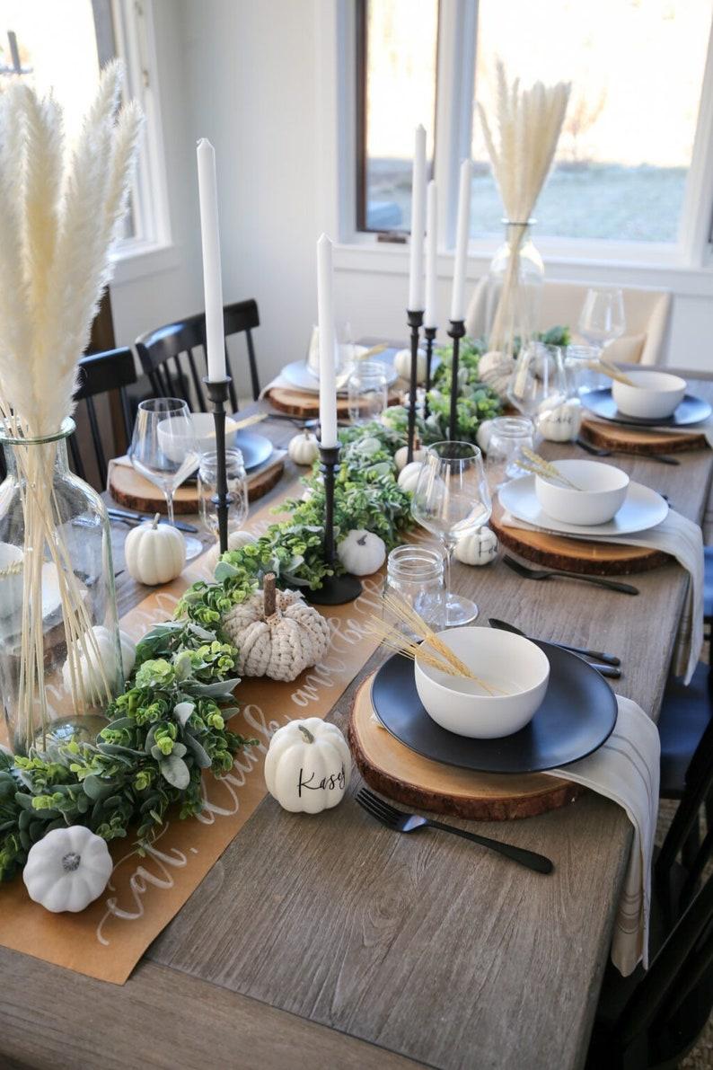 Minimalist Black & White Thanksgiving table decor with garland