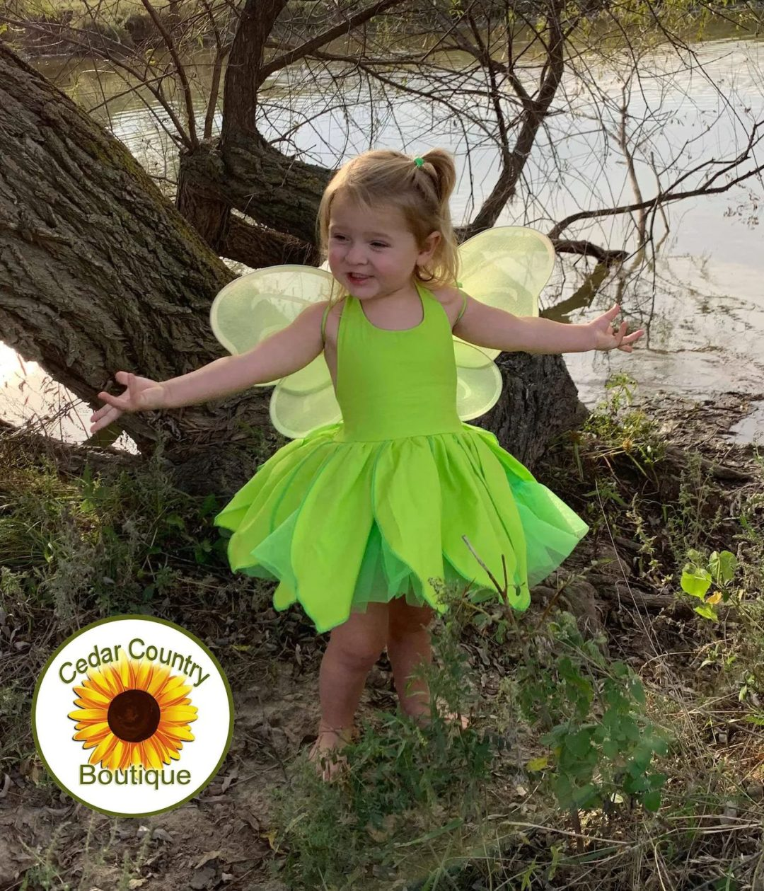 Tinkerbell Halloween costume for toddlers