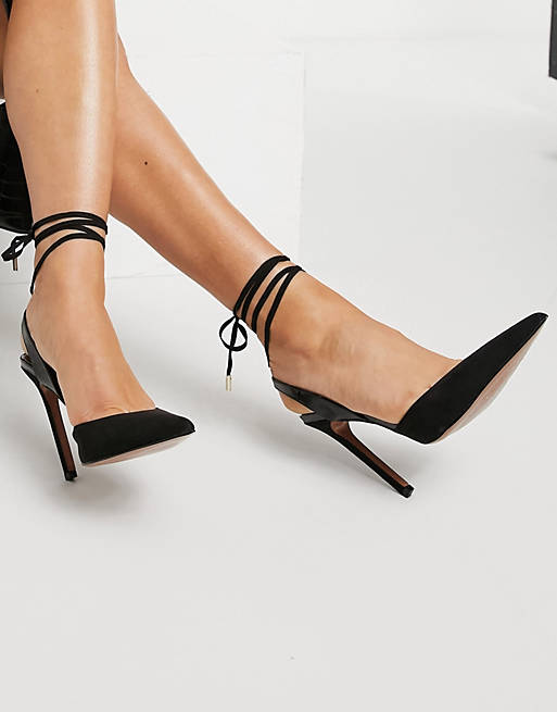 What color shoes to wear with a burgundy dress: Strappy black heels