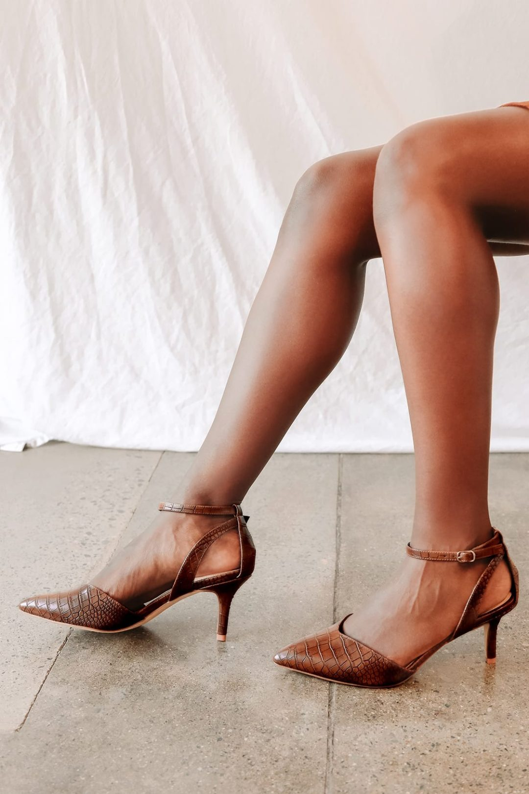 What color shoes to wear with a burgundy dress: Brown strappy sandals with heels
