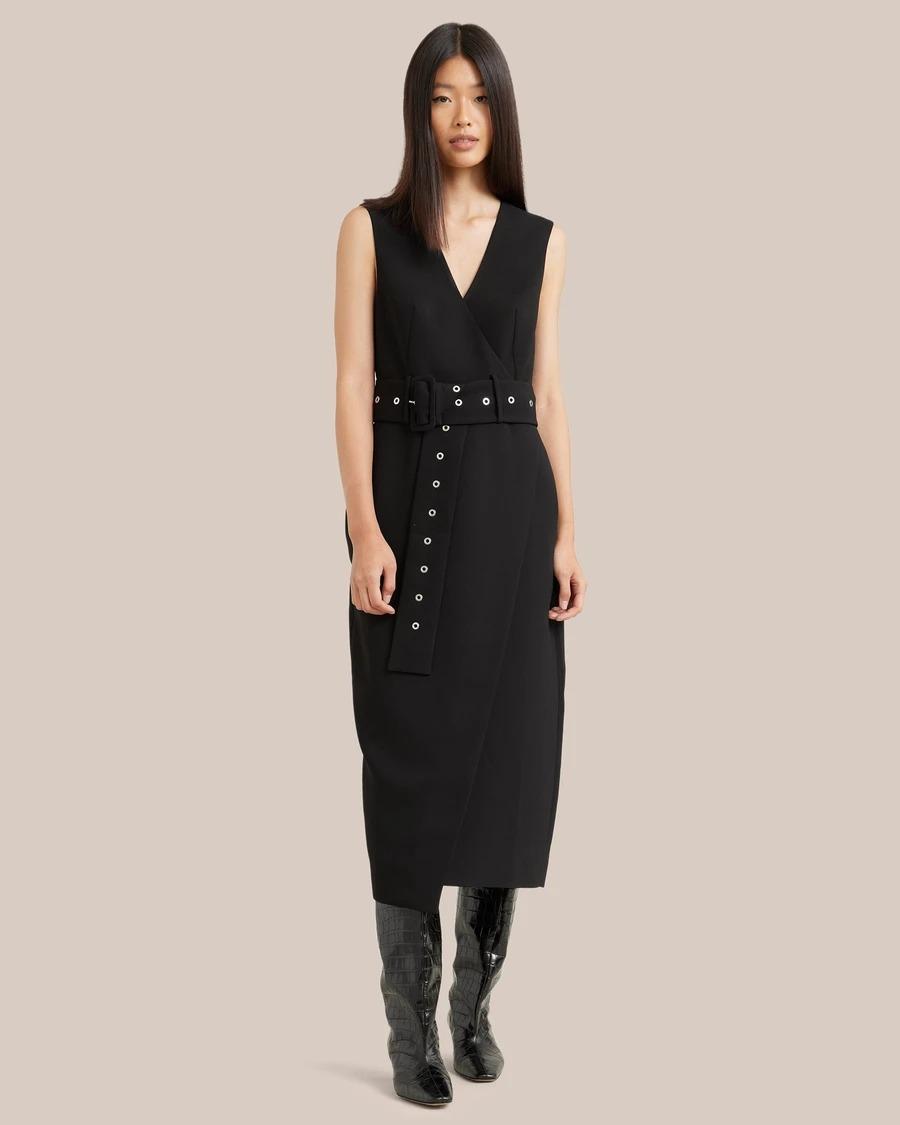Best Stores Like Aritzia: Black belted dress