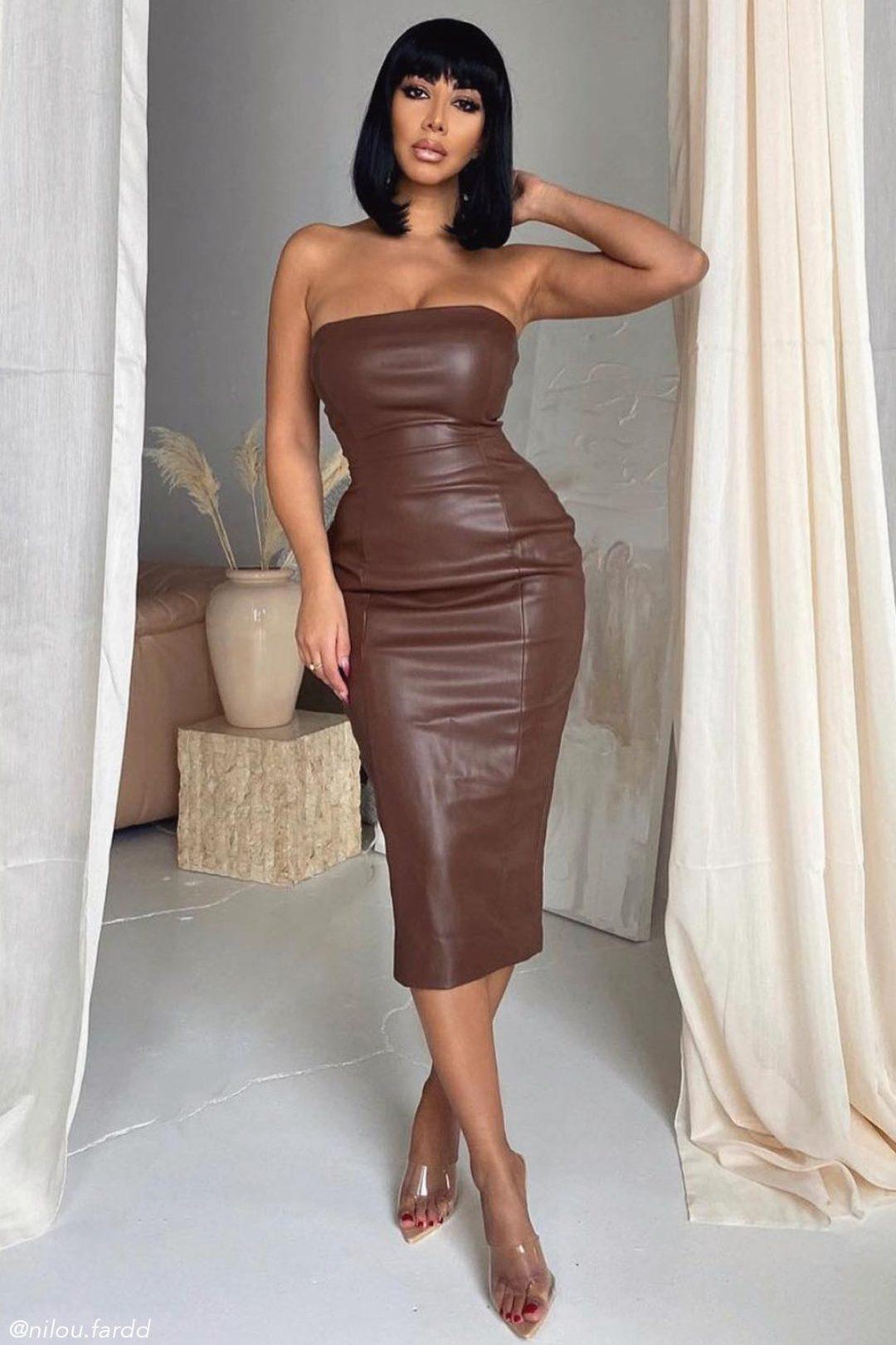 Brown vinyl bodycon dress for a baddie look