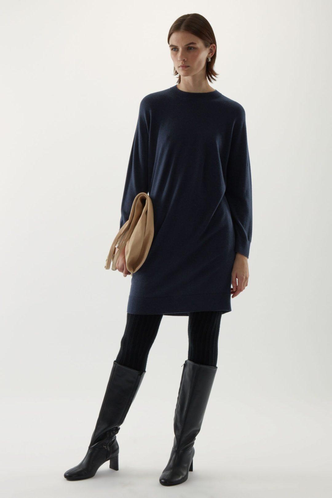 Navy blue pullover dress