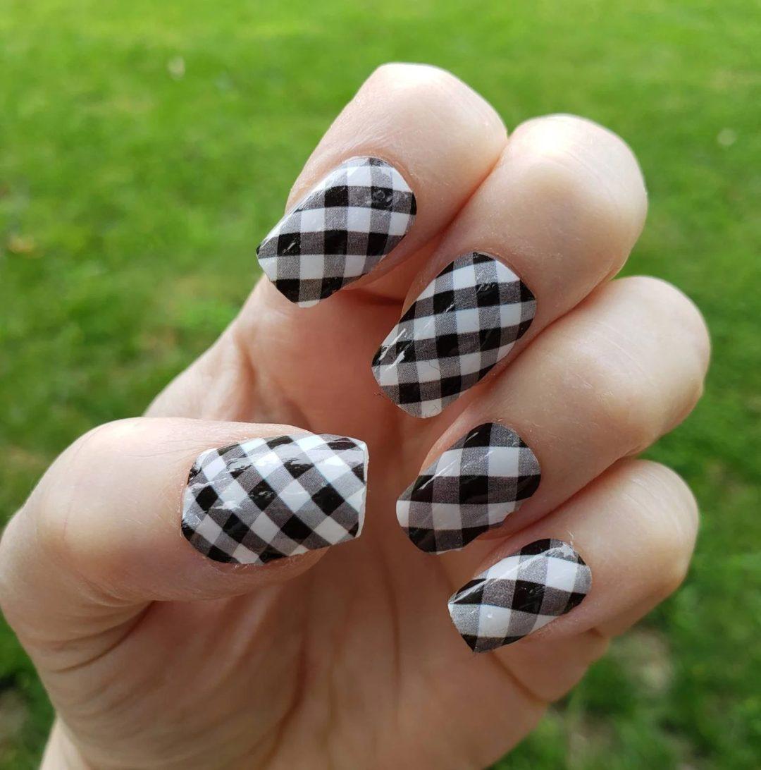 White and black plaid nails