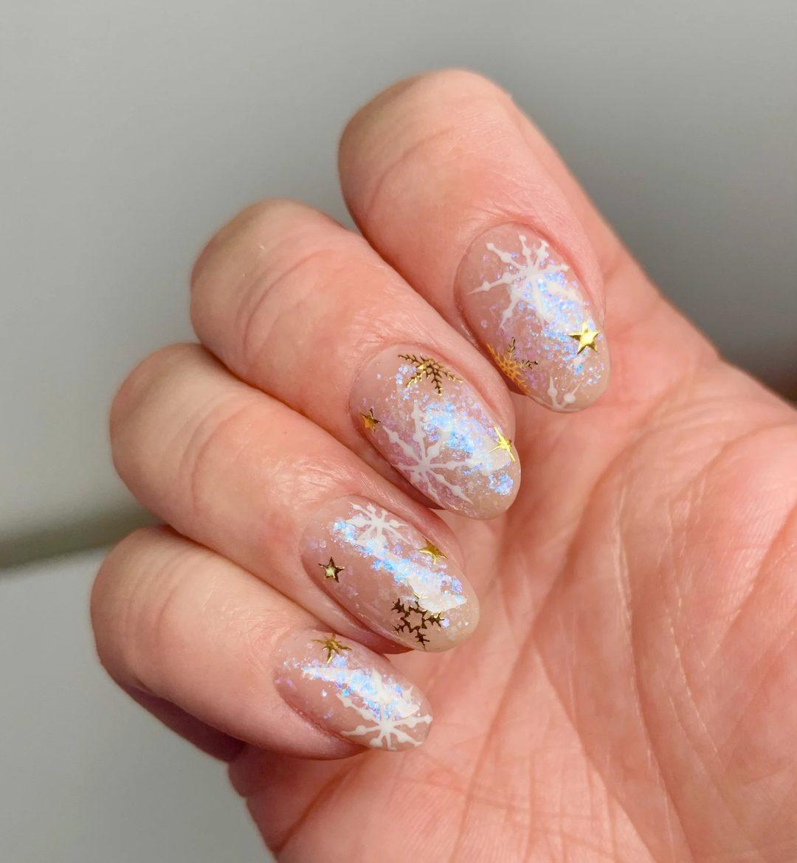Glitter snowflake nails