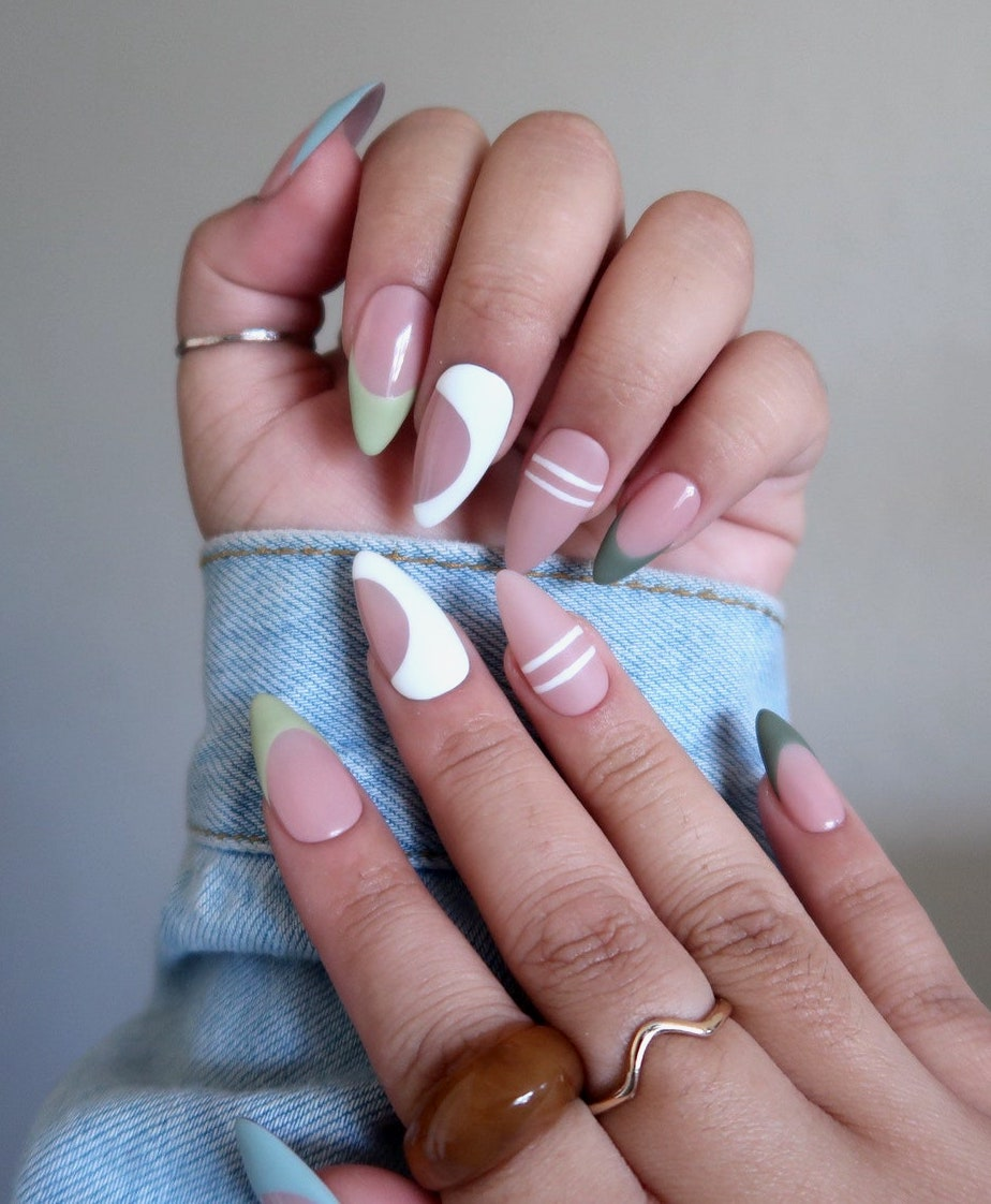 White, green, and dark green abstract minimalist nails
