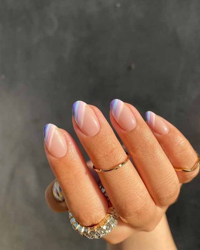 Cute short pink and purple simple minimalist nails