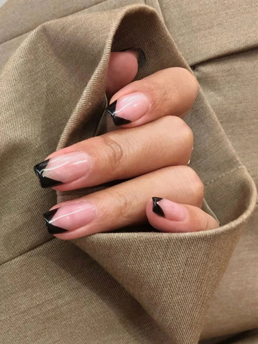 Cute simple black French tip nails