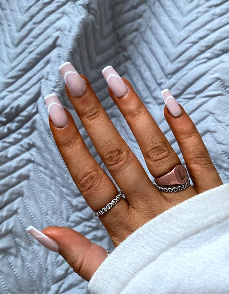 Nude minimalist nails with white outline