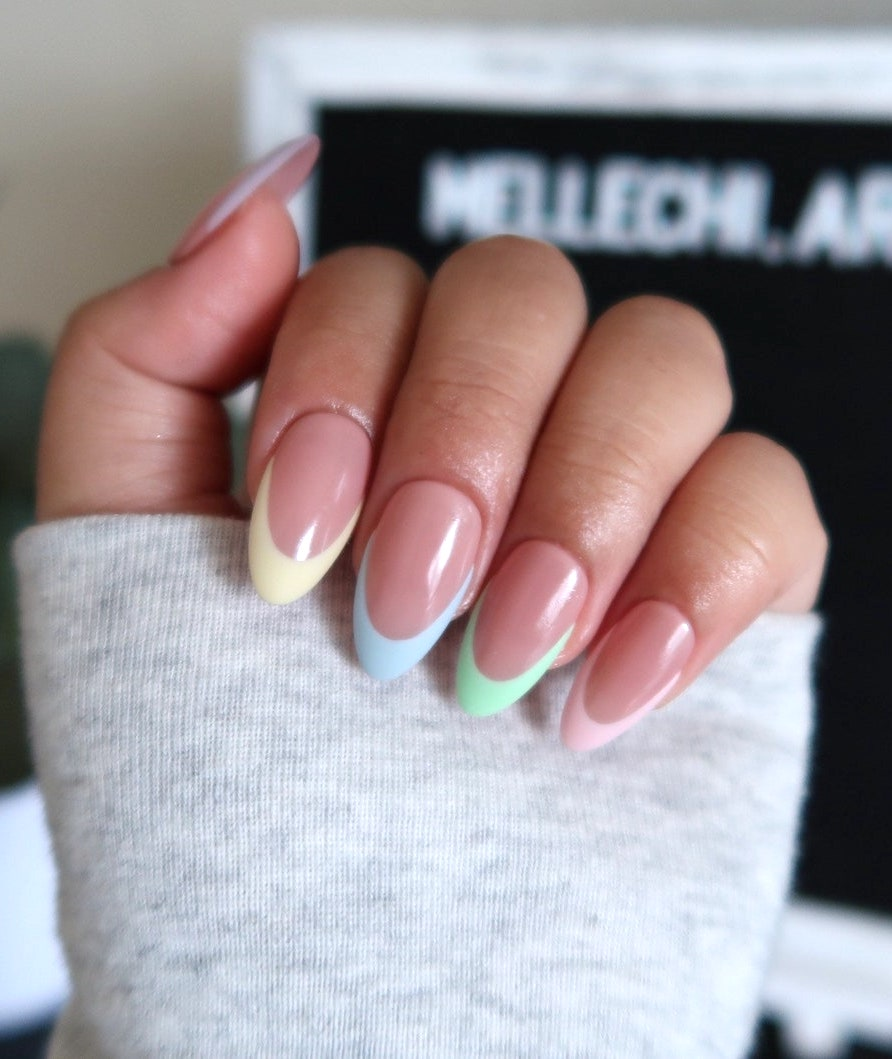 Cute pastel French tip nails