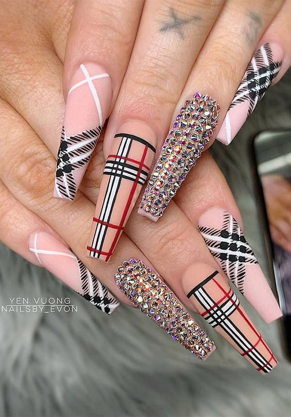 Long Burberry inspired plaid nails in coffin shape