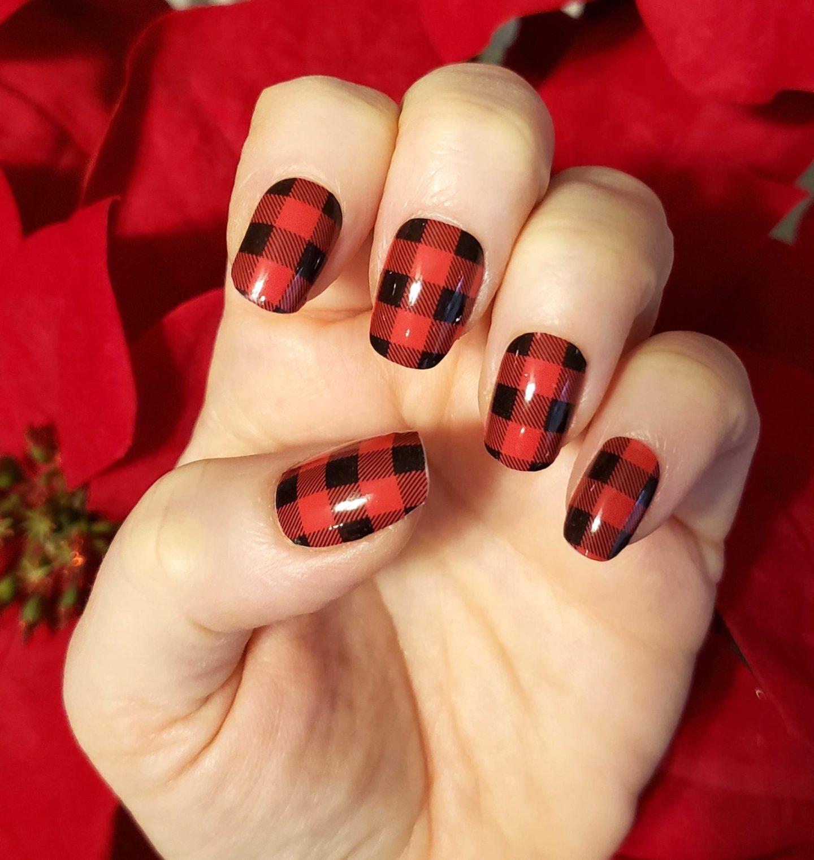 Short red and black buffalo plaid nails