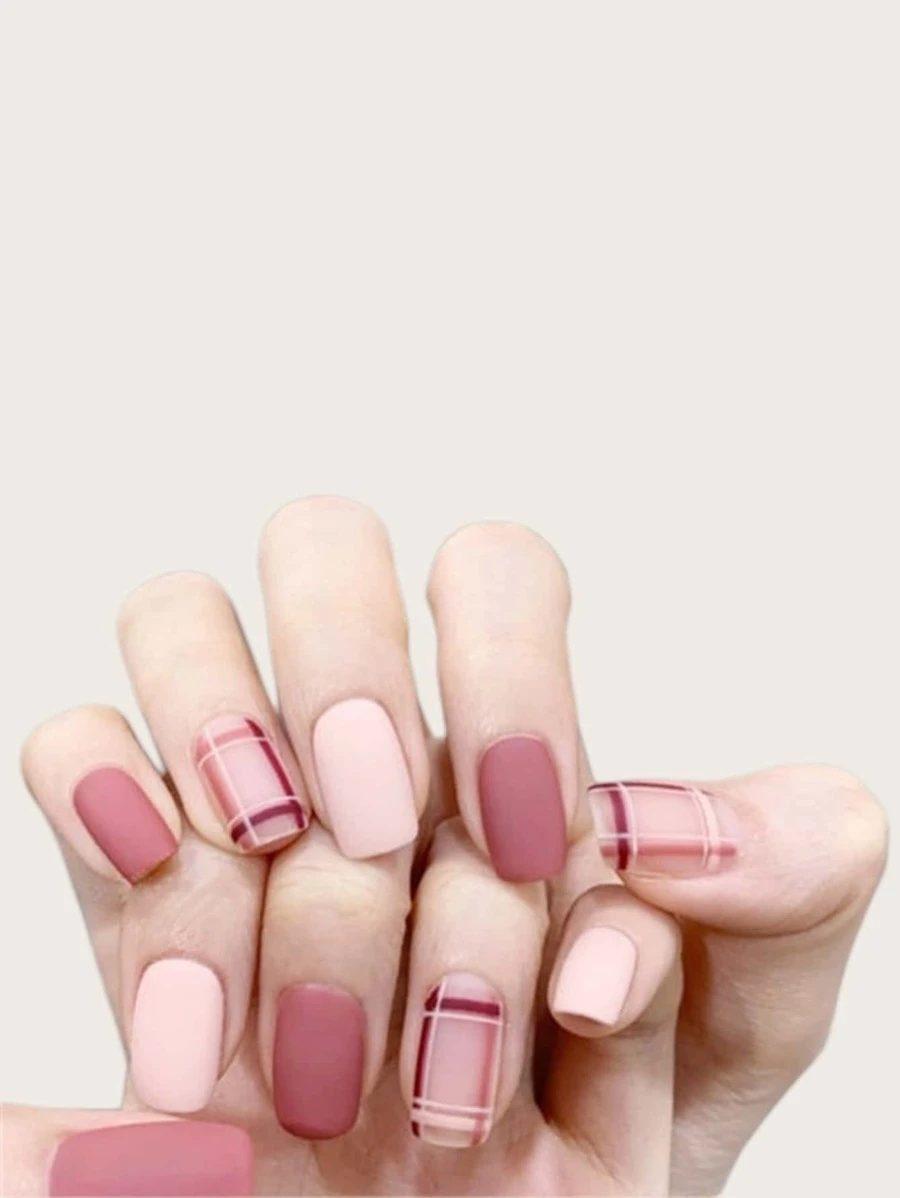 Cute short matte pink plaid nails