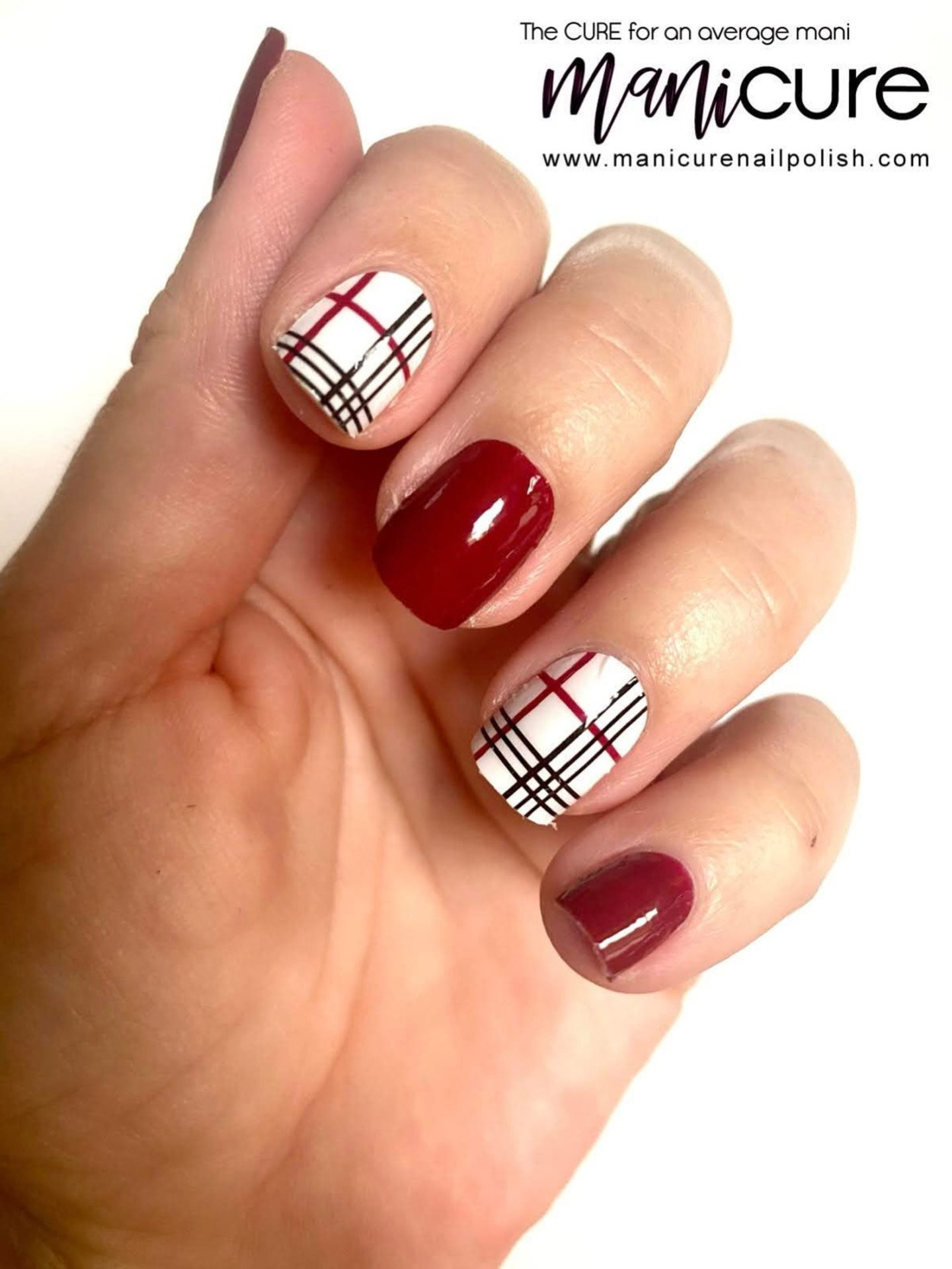 Cute short tartan nails with red and white